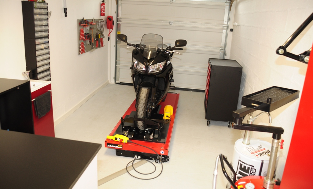Jdgilmoto entretien moto reparation moto self garage moto for Garage preparation moto